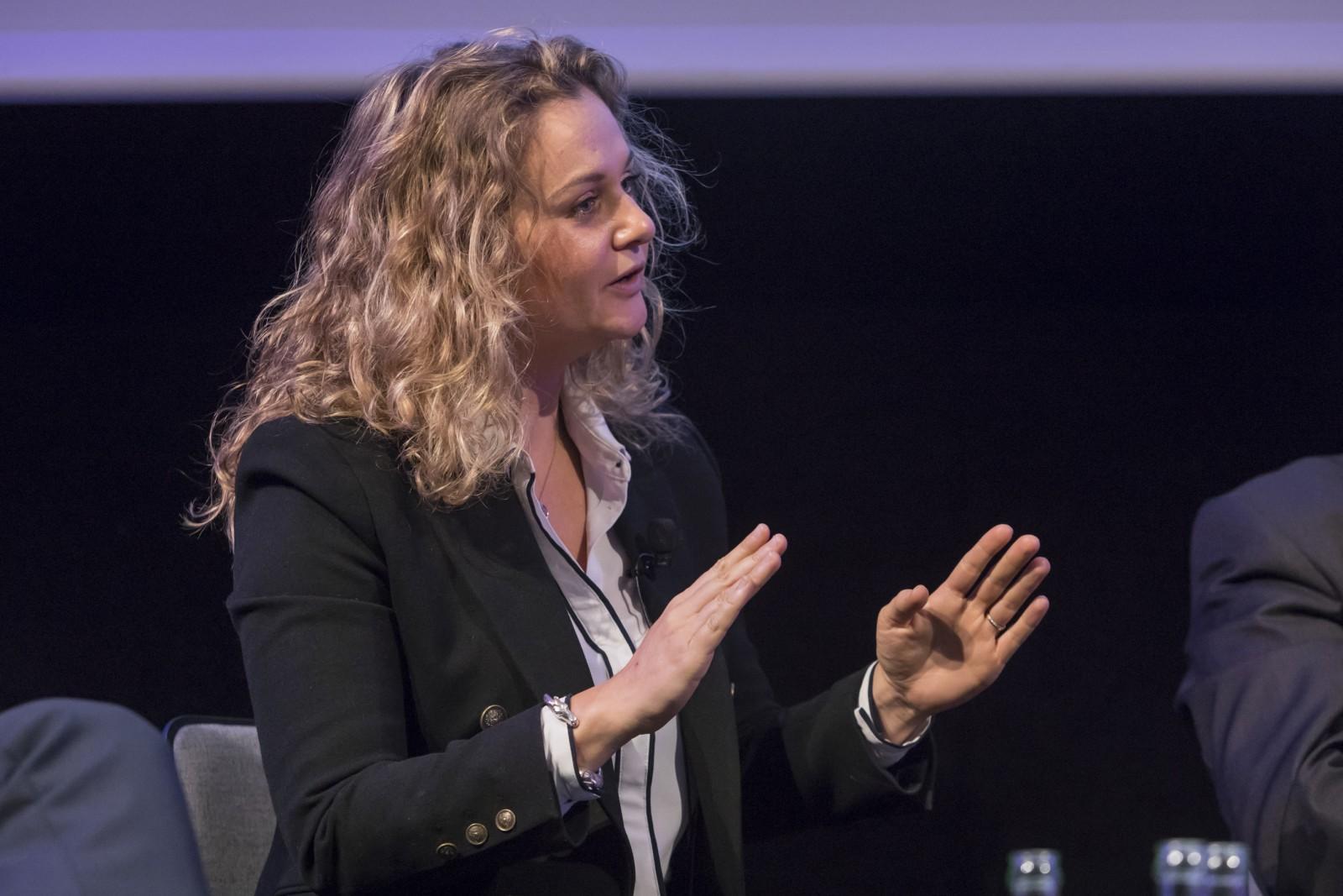 Dr. Ariane Fornia